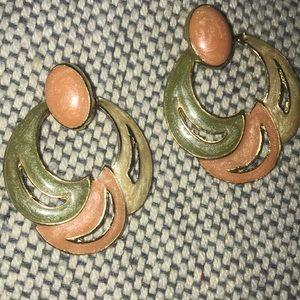 """Vintage Monet Earrings Sweet Soft Colors EUC 1.75"""""""